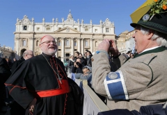 REU-POPE-RESIGNATION1.jpg