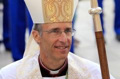 Mgr de Germay 7800908863_monseigneur-olivier-de-germay-nouvel-archeveque-de-lyon-en-2014-a-ajaccio.jpg